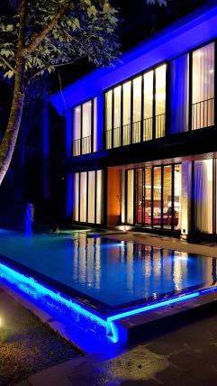 Villa 1 swimming pool