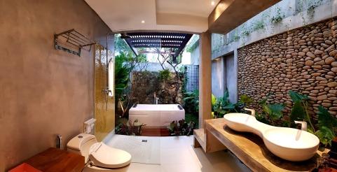 180327_deLodtunduh_Villa_1_1st_Master_Bathroom_20180321_180241_r_c