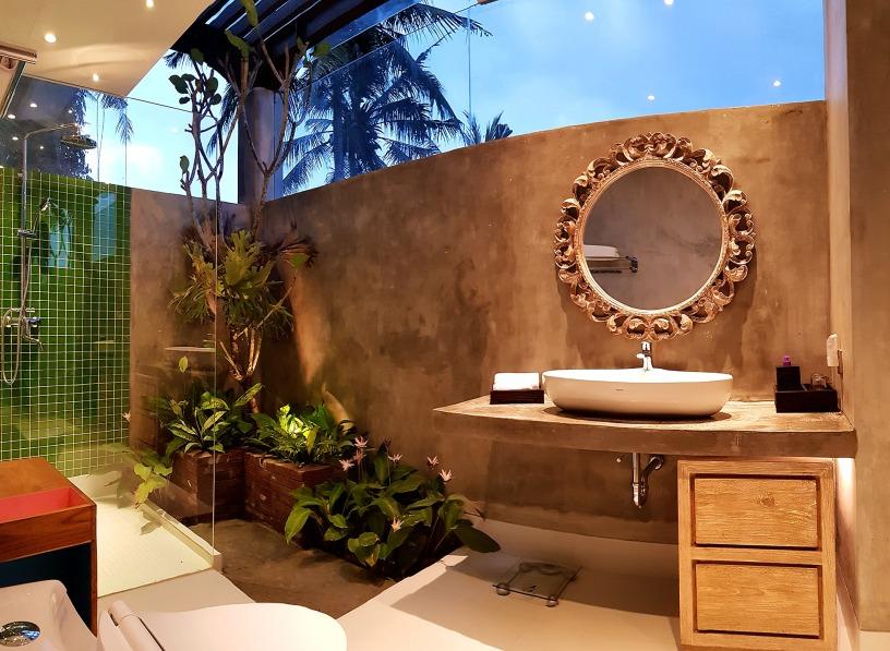 180327_deLodtunduh_Villa_1_2nd_Master_Bathroom_20180322_181903_Panorama_r_c