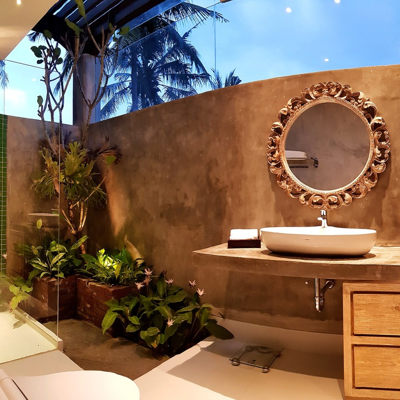 180327_deLodtunduh_Villa_1_2nd_Master_Bathroom_20180322_181903_Panorama_r_c