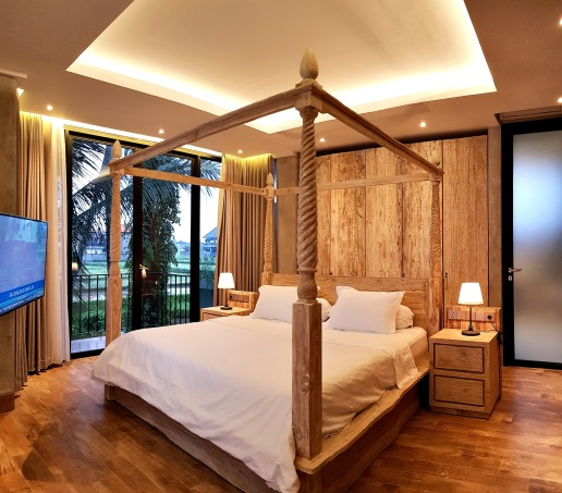 180327_deLodtunduh_Villa_1_2nd_Master_Bedroom_20180322_180813_r_c